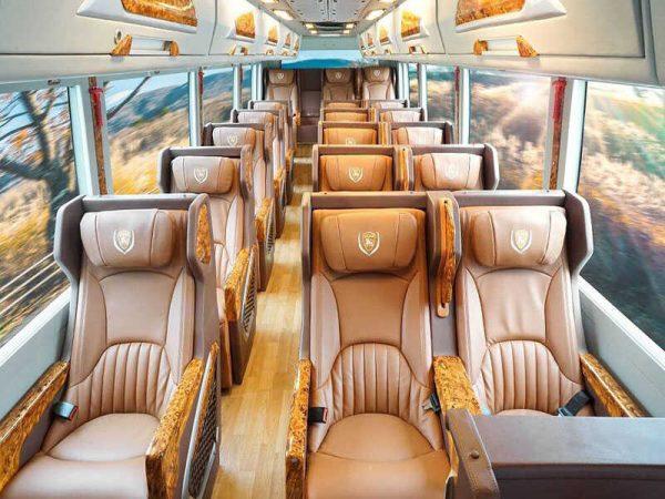 Thuê xe Limousine Dcar 19 chỗ ngồi (2018 - 2019)