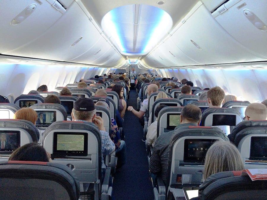 AA cập nhật lịch bay và chính sách miễn trừ (25/09/2020)