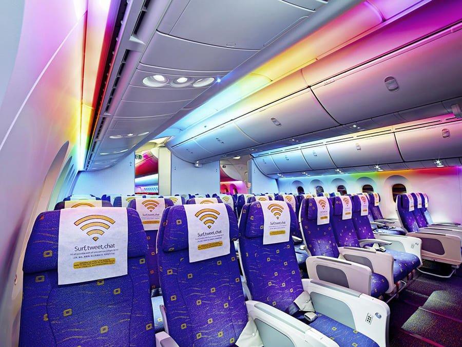TR thông báo nối chuyến đến Manila; nhập cảnh vào Singapore bằng thẻ Air Travel Pass