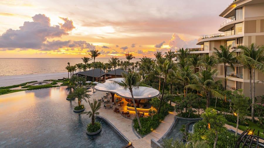 Khách sạn The May Beach Hotel sát biển khu trung tâm Phú Quốc