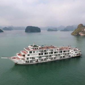 Du thuyền Ambassador (*****) - Ngắm Vịnh Hạ Long